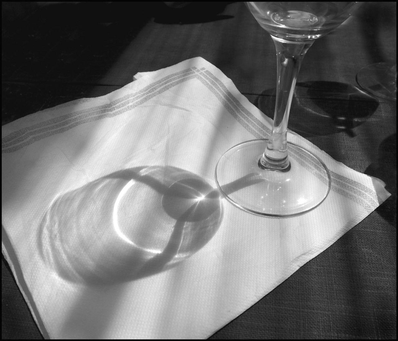 AZEMA Jean-Marc 2018-8 Deux verresNB