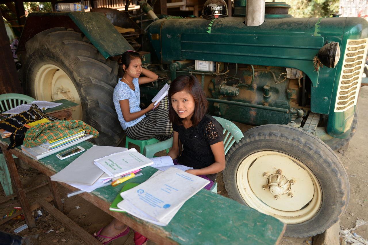 BARRE Yvon Birmanie - Ecole campagne