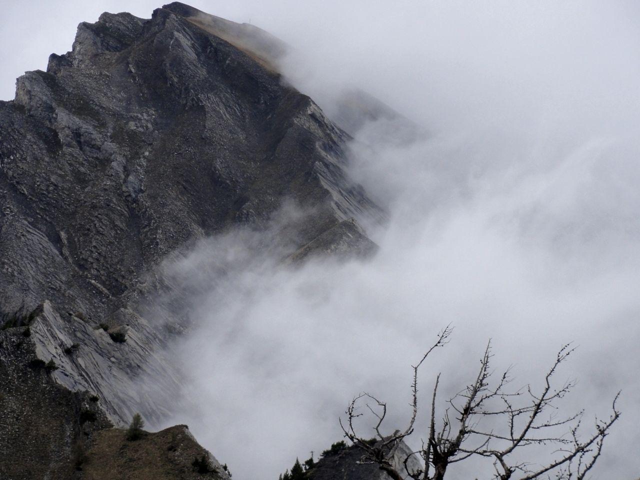 Basile Châtelain dévorant la montagne