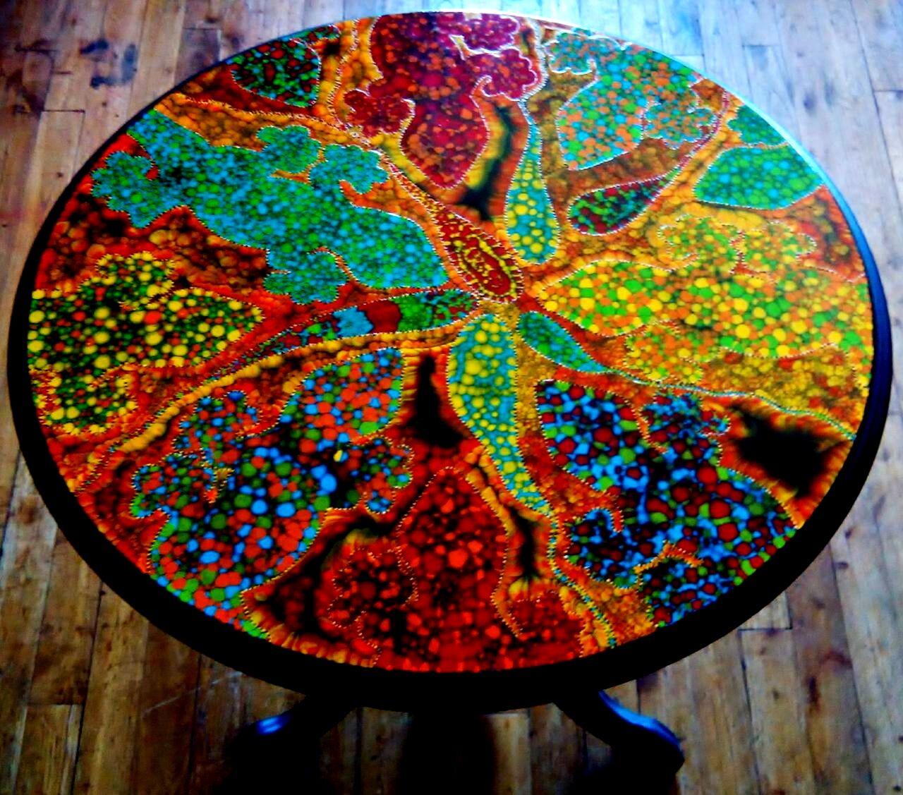 chris christopher Table de salon....diam x60cm (non disponible)