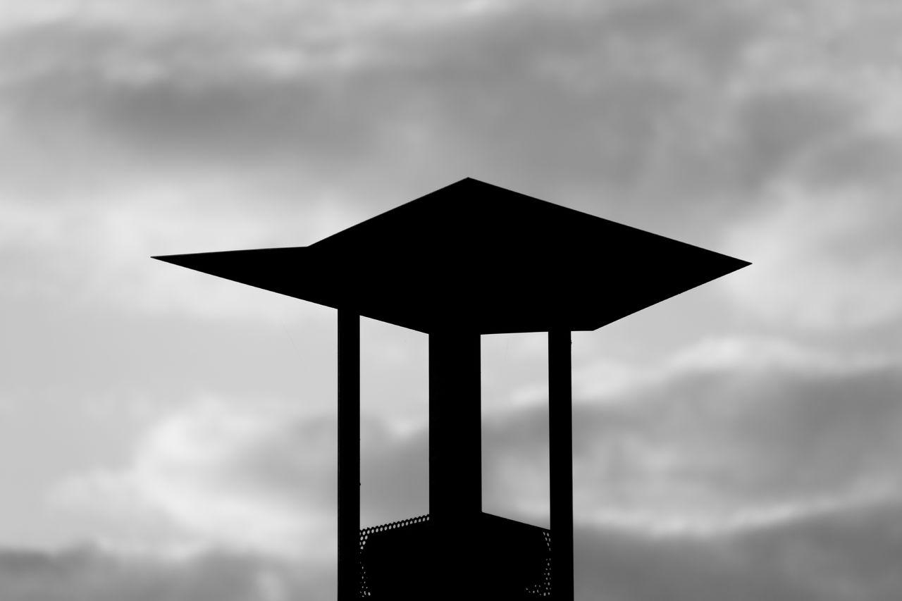 Erwan Bourquard Black and sky