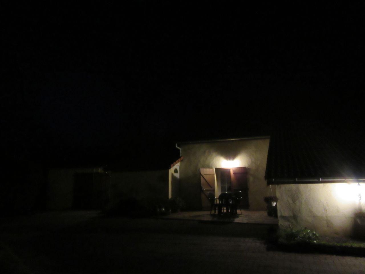 Michele martin dans le calme de la nuit.3.