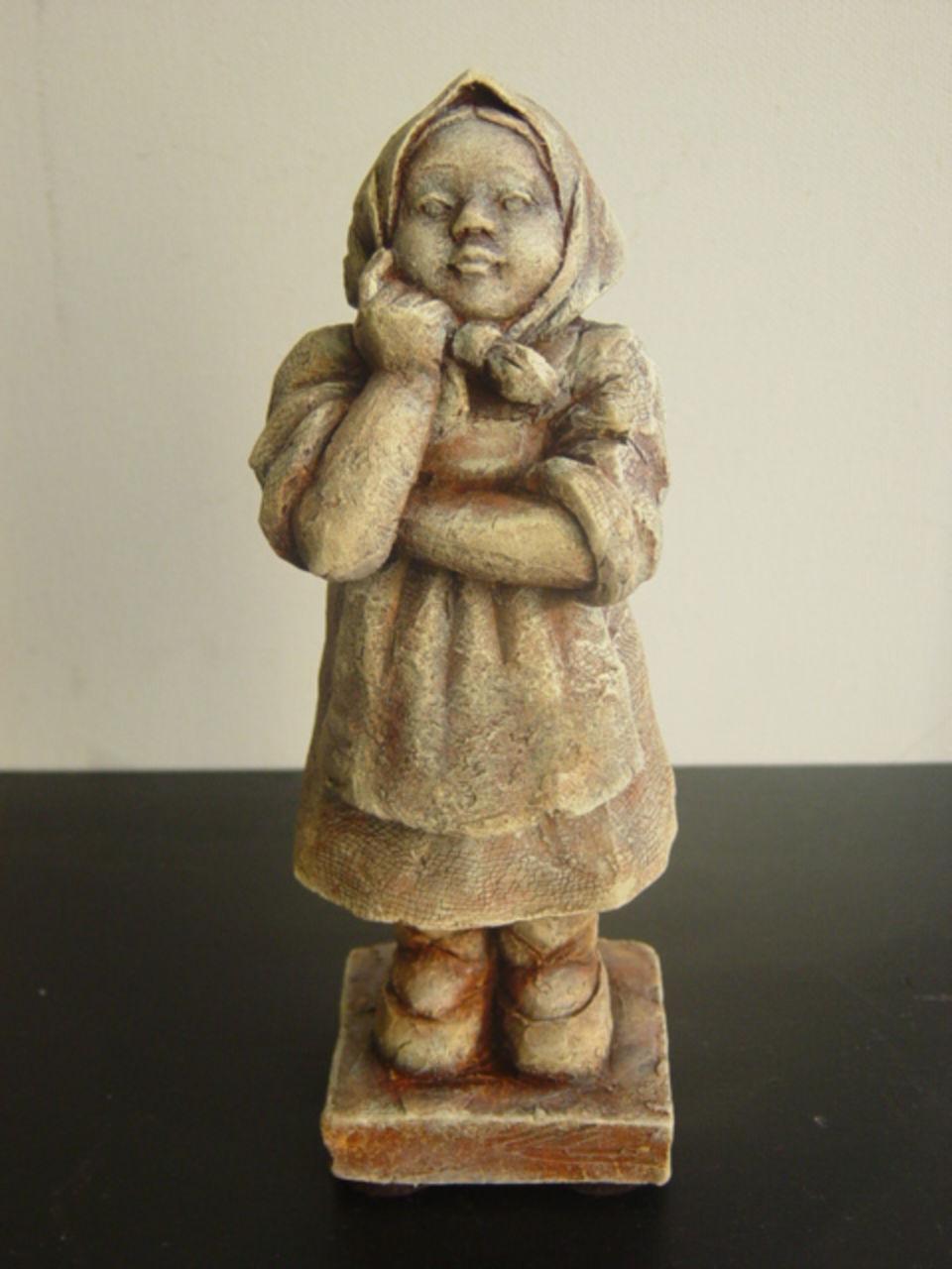 Nellka (Nelya Kantserova) Petite paysanne russe