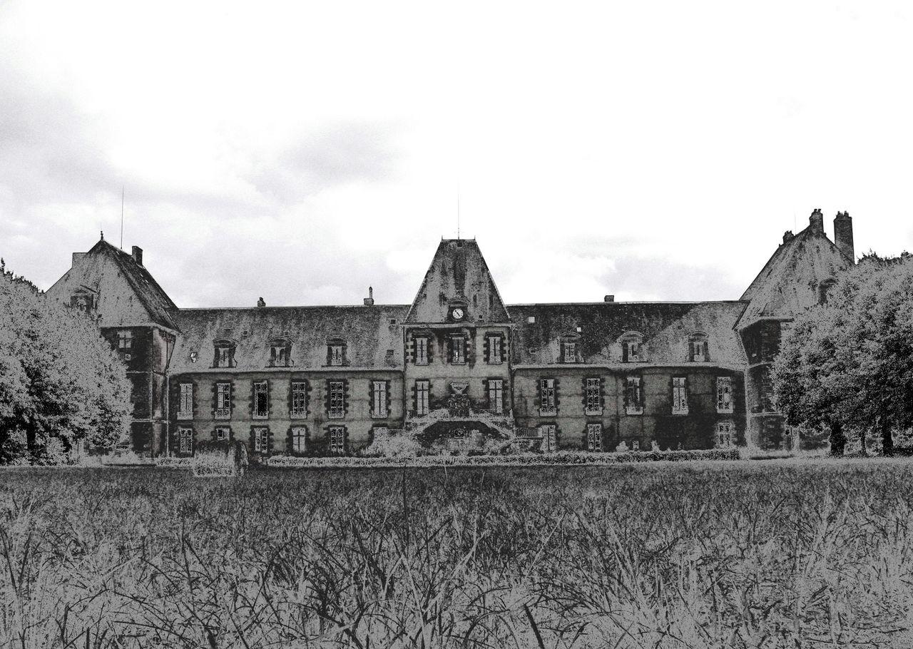 Niklas DC Château Lurcy__Hanté