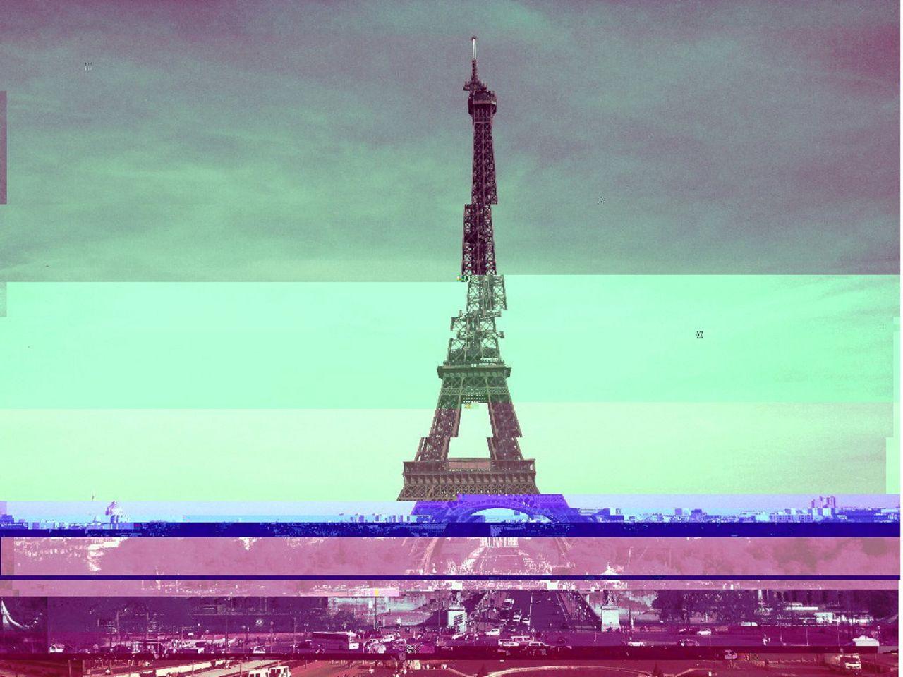 Niklas DC Eiffel Pink glitch tower