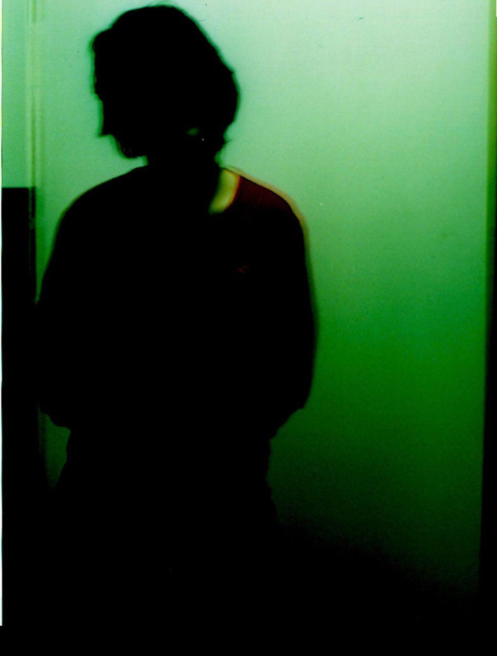 Niklas DC Shadow shaped