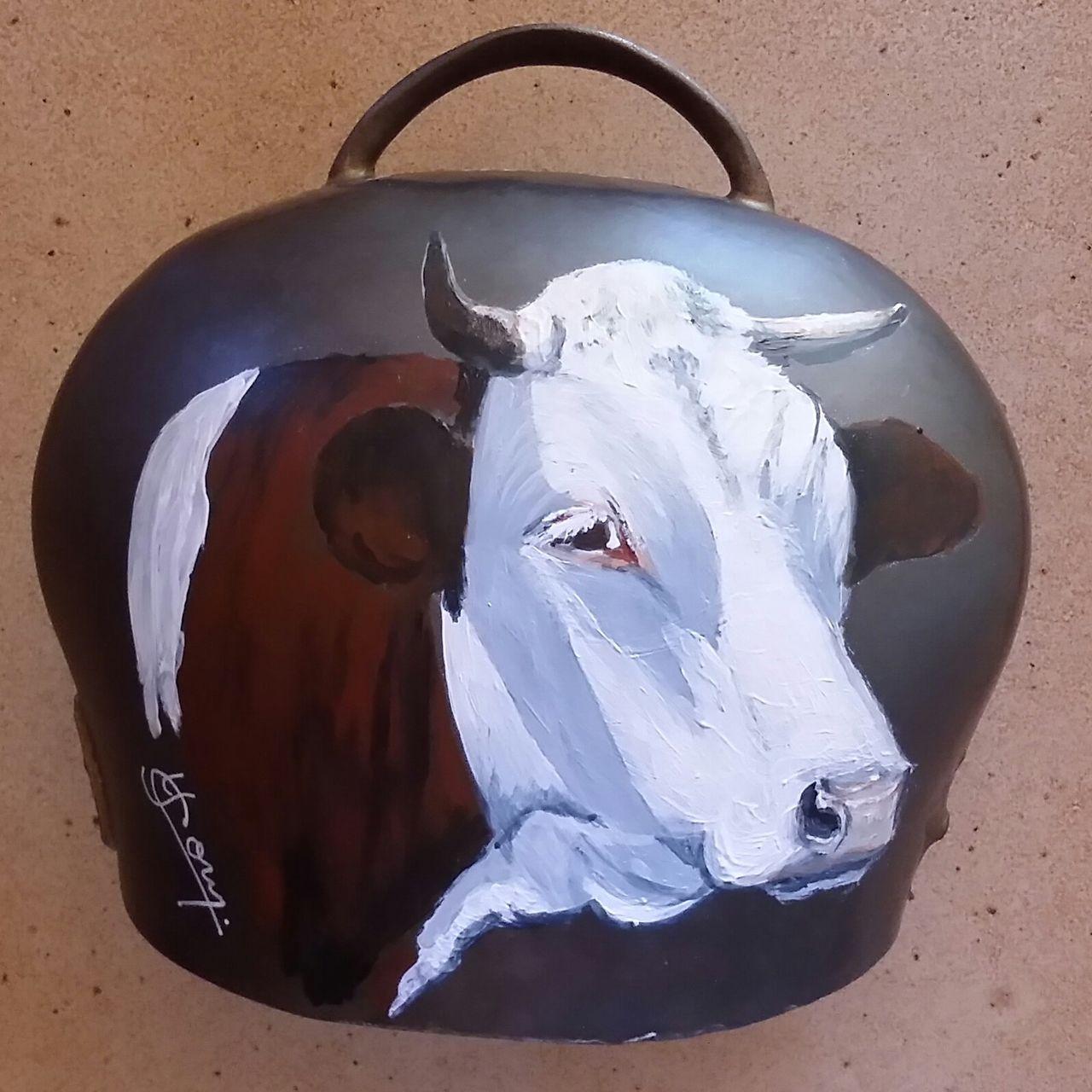 YolandedeComblesdeNayves 161-vache 2 sur cloche